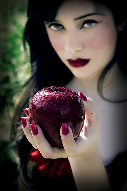 poison apple